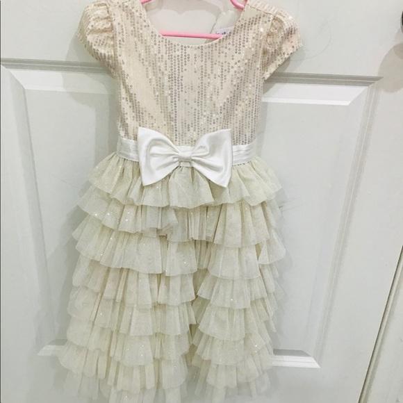 Other - Vestido niña